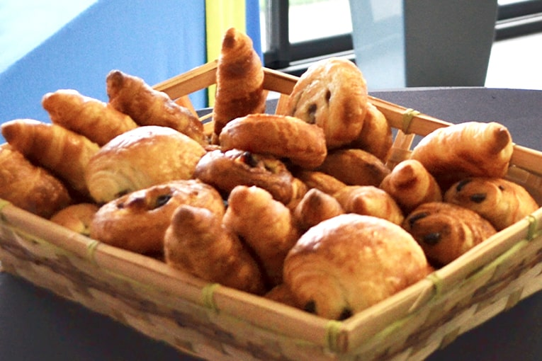 viennoiseries-petit-dejeuner
